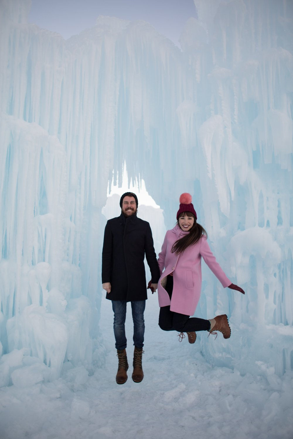 midway-ice-castles-zermont-homestead-5