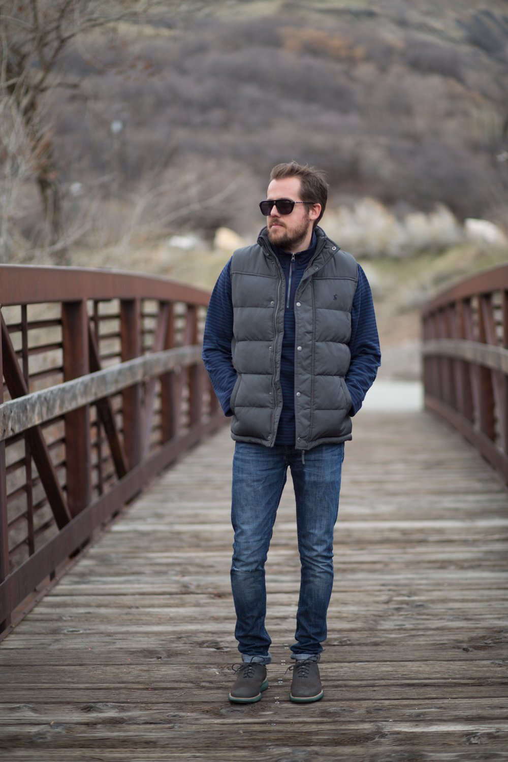 puffy vest mens winter style
