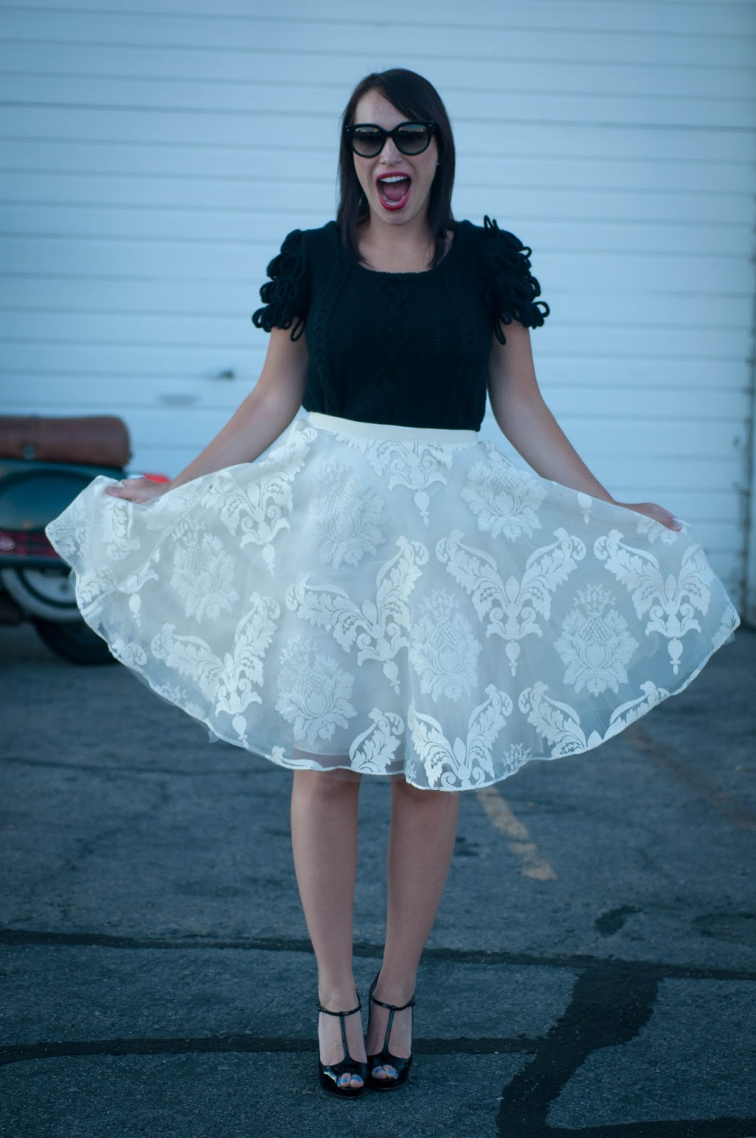tulle skirt, tutu skirt, christian louboutin t strap pumps, red soles, anthropologie ootd, ootd