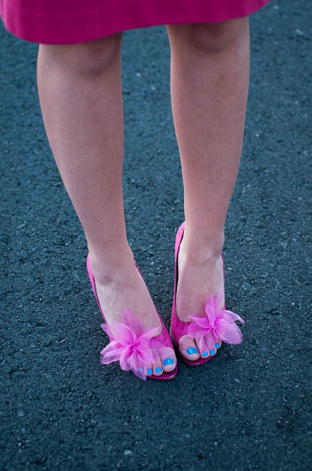 bebe, bebe shoes, flower shoes, lace shoes, hot pink heels, hot pink shoes, designer shoes, ootd