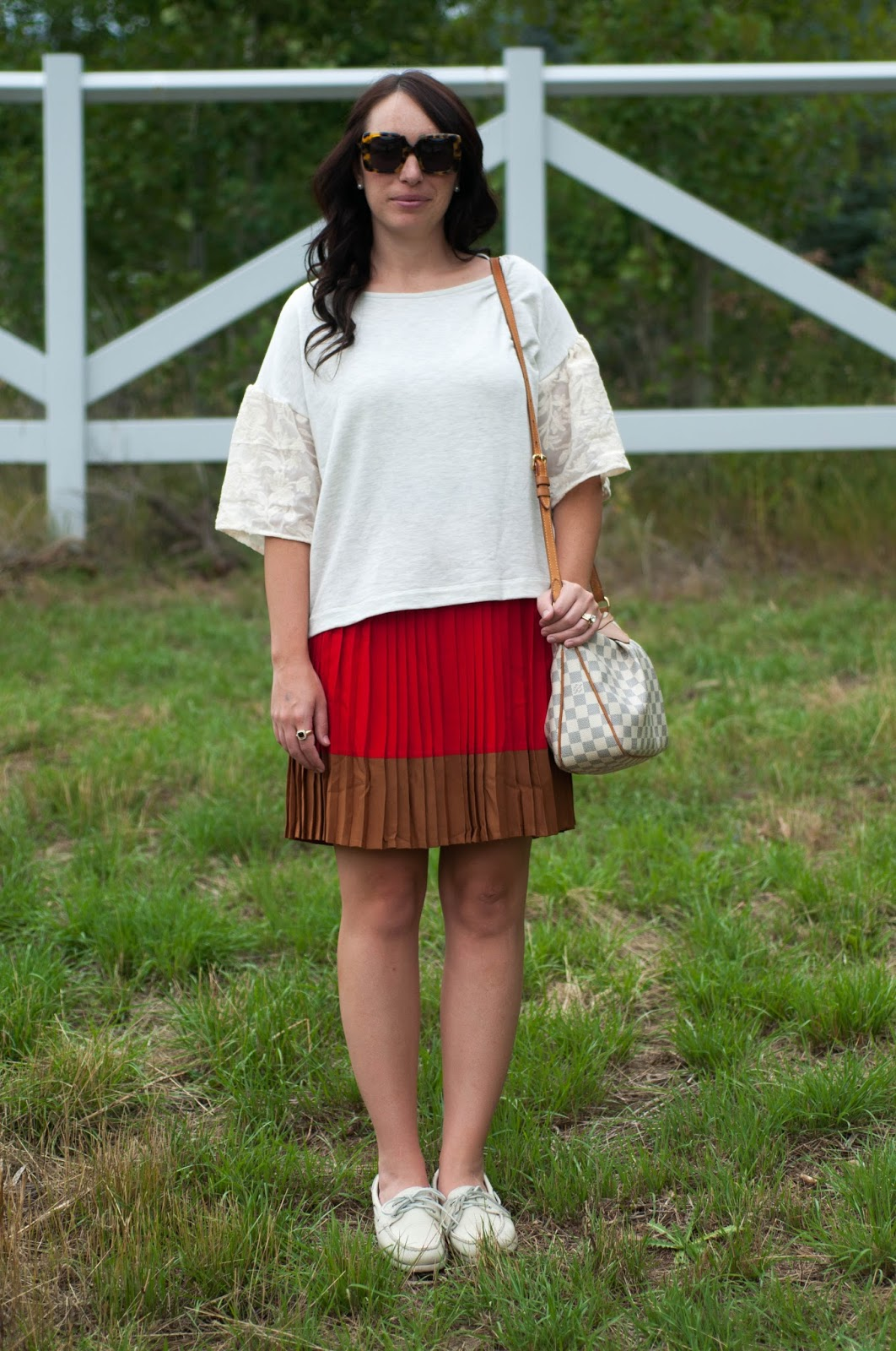 ootd, anthropologie ootd, lands end pleated skirt, sperry topsider for women, karen walker sunglasses