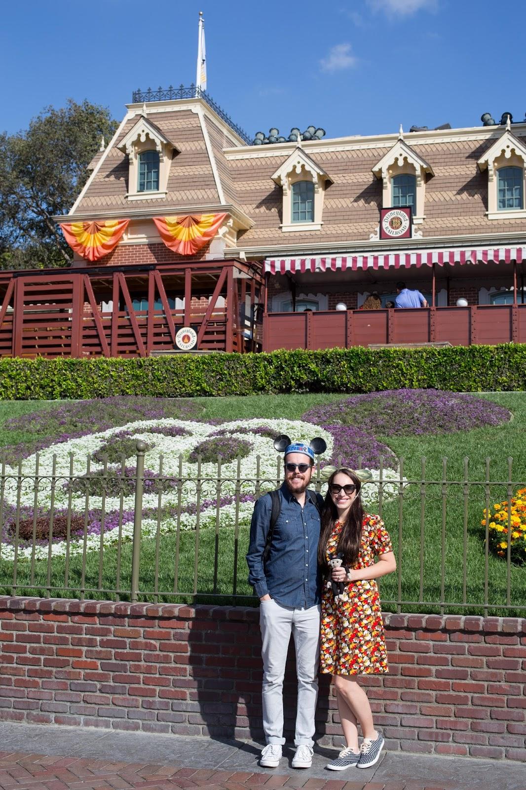 Disneyland Mickey Front Entrance