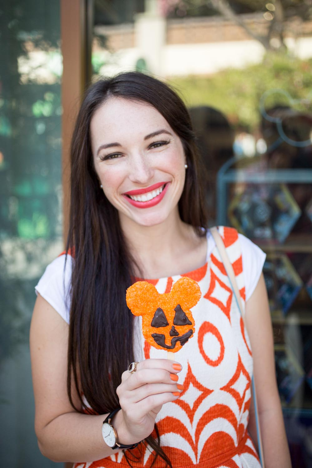 Disneyland Food Guide: For Treat Lovers