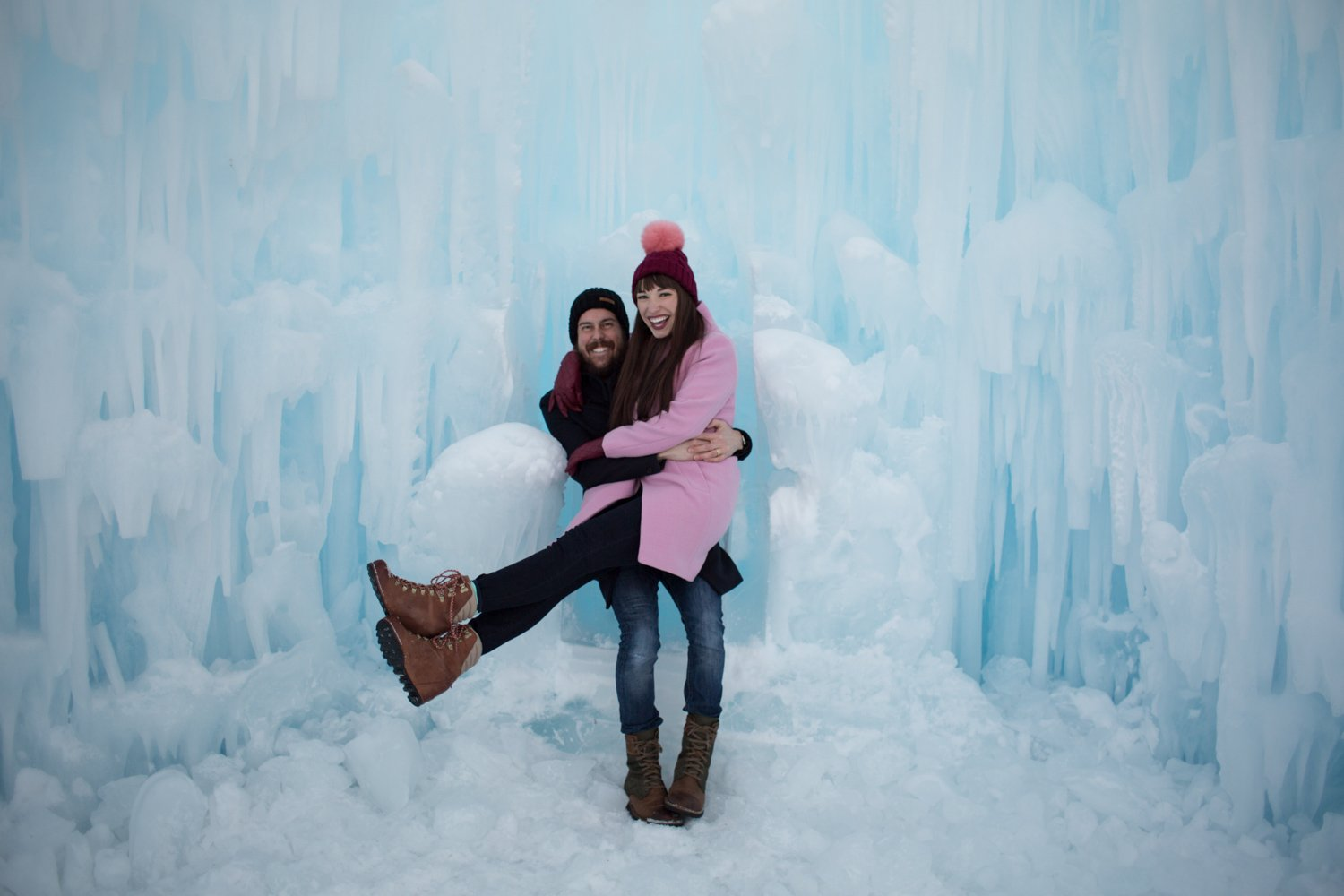 midway-ice-castles-zermont-homestead-3