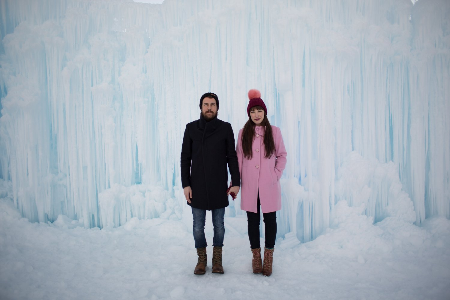 midway-ice-castles-zermont-homestead-6