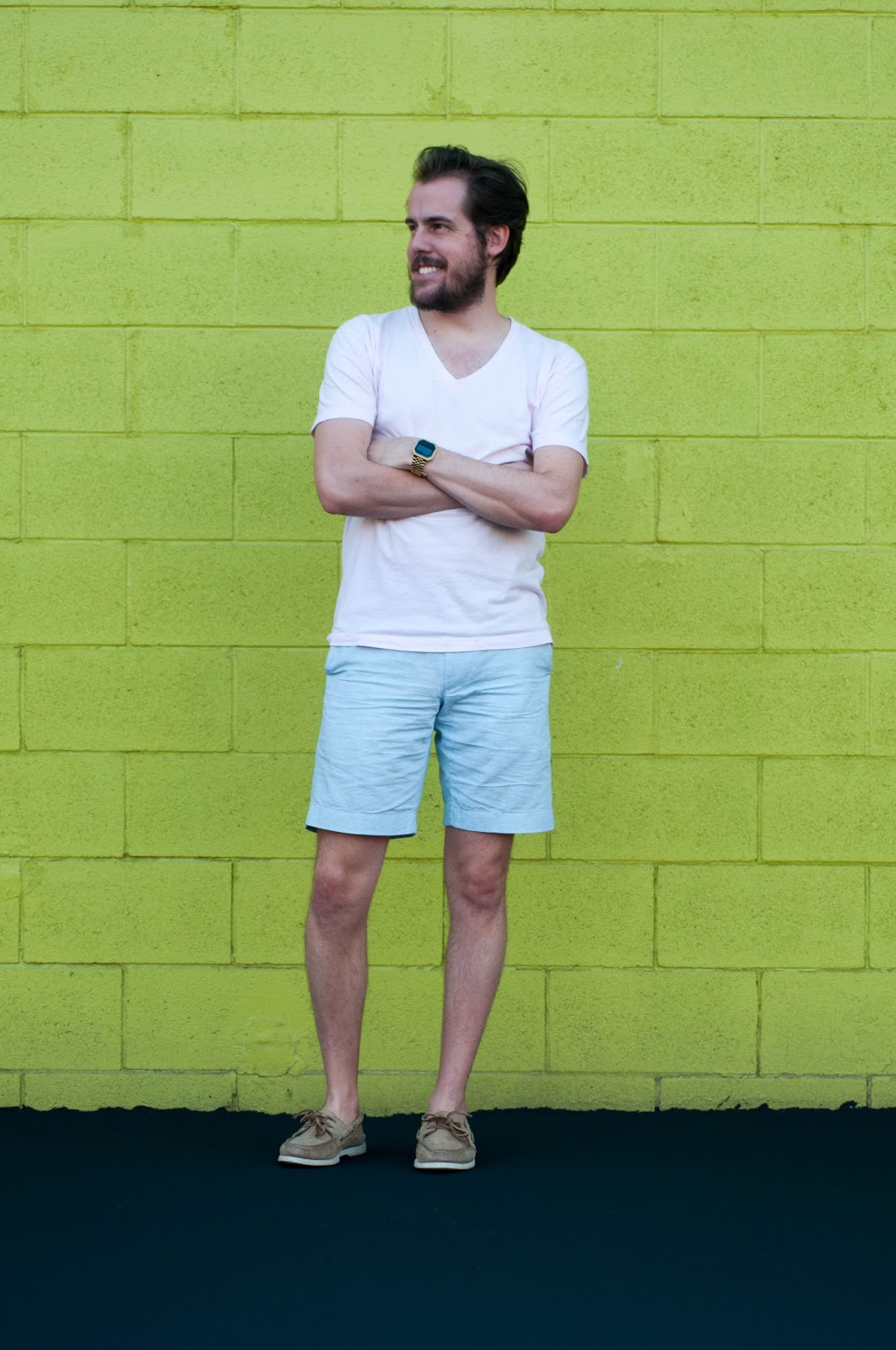 mens fashion, mens style, jcrew stanton short, sperry topsider boat shoes, american apparel v neck, ootd