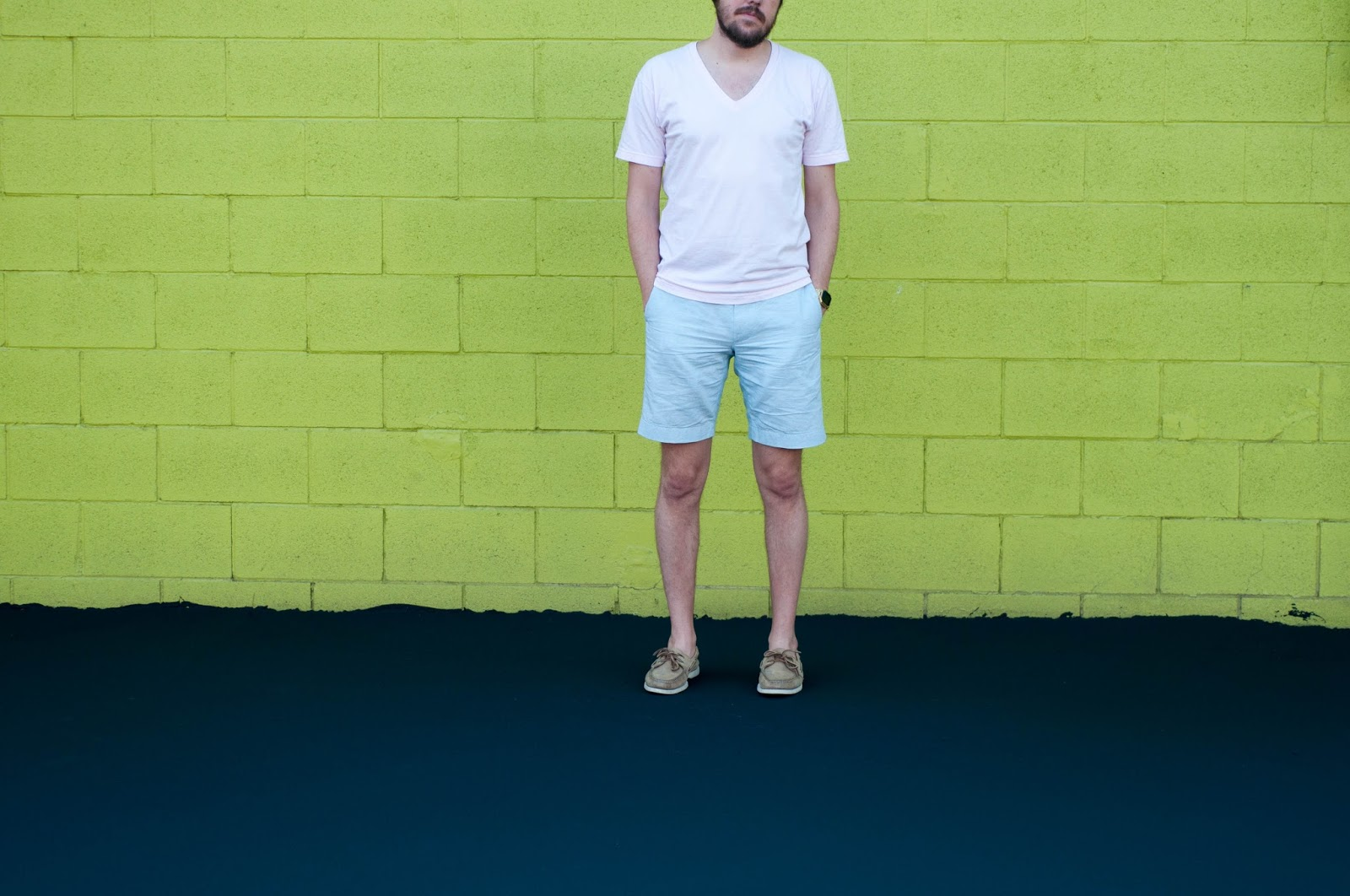 jcrew stanton shorts, american apparel v neck, sperry topsider, boat shoes, ootd, mens fashion