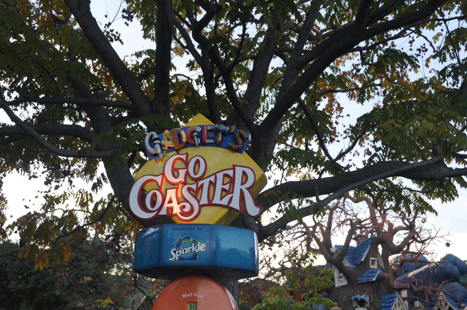 Disney, Disneyland, Disney fan, Disney lover, magical kingdom, what to do at Disneyland, Disney fashion, Disney apparel, Disney food, Disney food review, mickey mouse ears, where to eat at Disneyland, fashion blog, fashion blogger, style blog, style blogger, mens fashion, mens fashion blog, mens style, mens style blog, womens style blog, anthropologie ootd blog, anthropologie ootd, anthropologie, ootd, mens ootd, womens ootd,