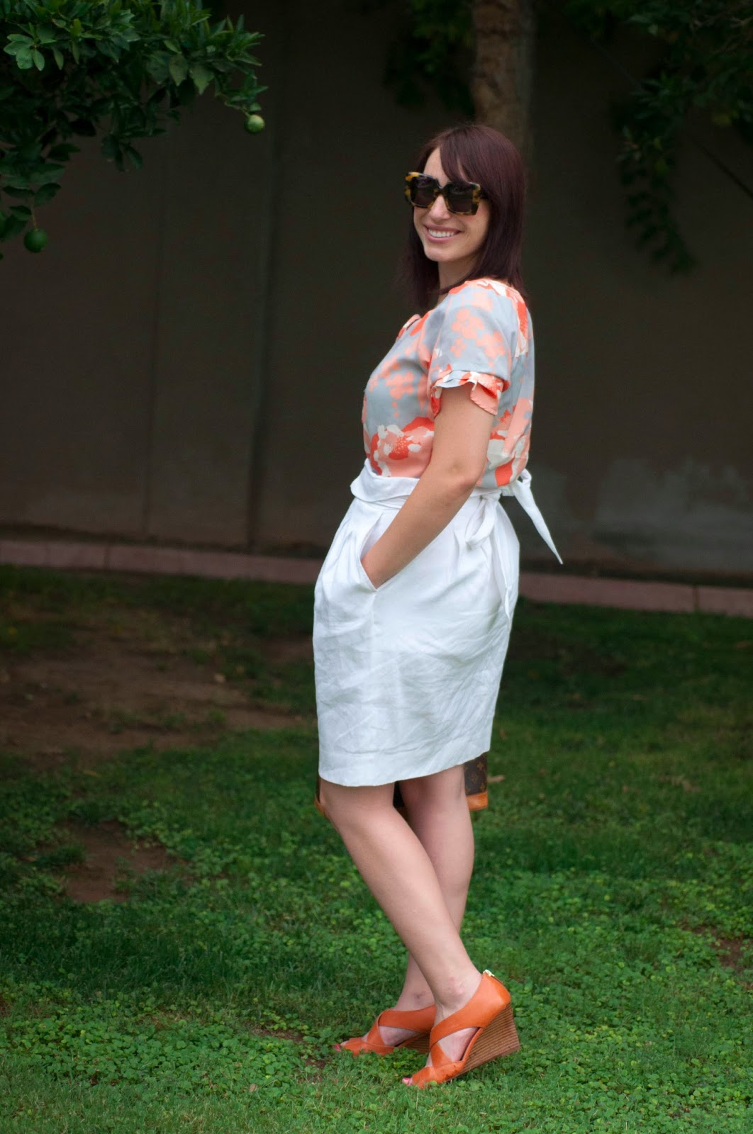 bcbg white skirt, karen walker sunglasses, karen walker, silk blouse, tortoise sunglasses, bow skirt, ootd, style blog