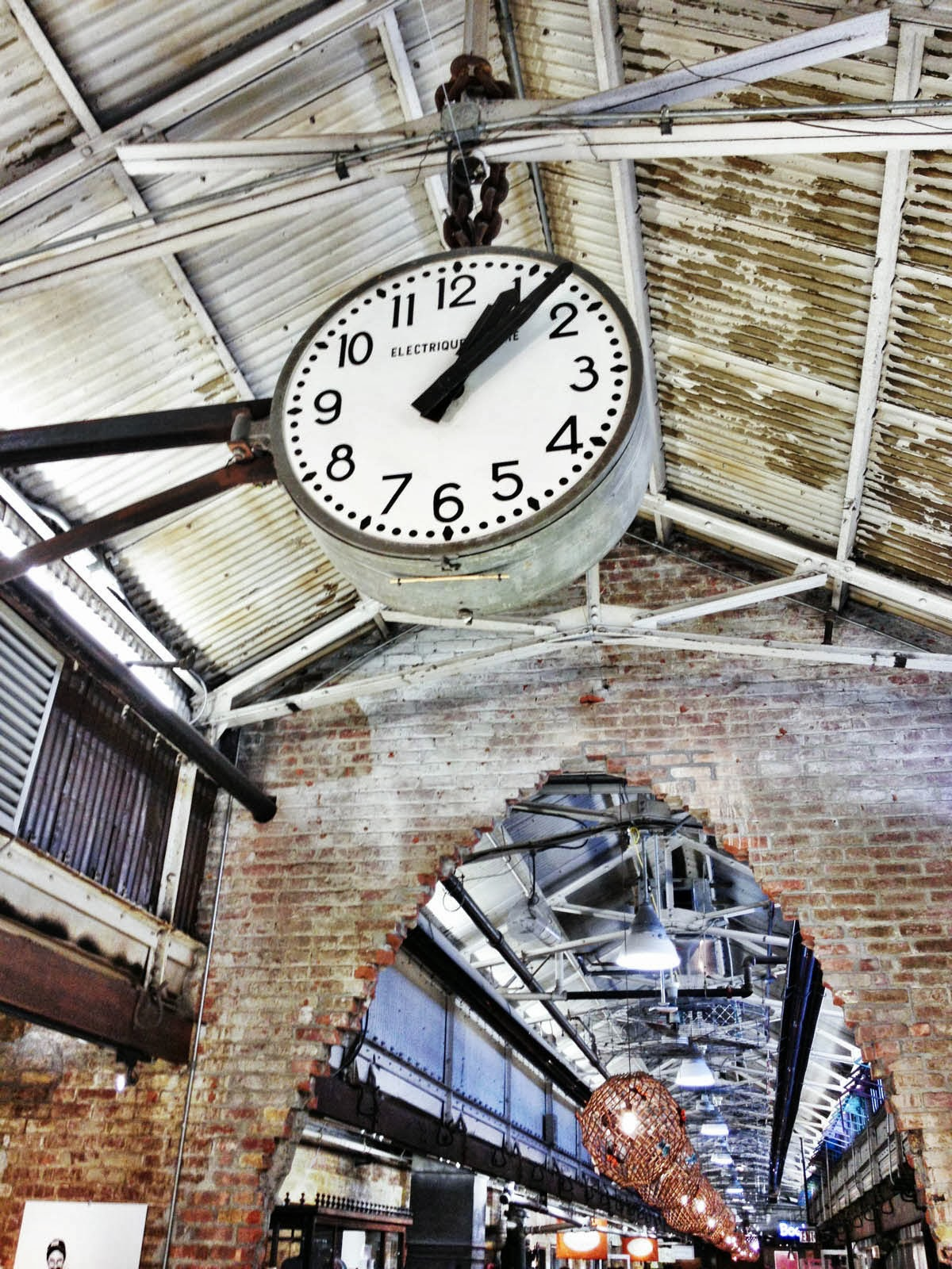 large clock, chelsea market place, unique lighting, industrial, meat packing district