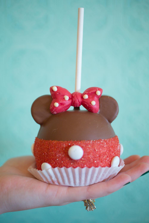 Minnie Mouse Carmel Apple