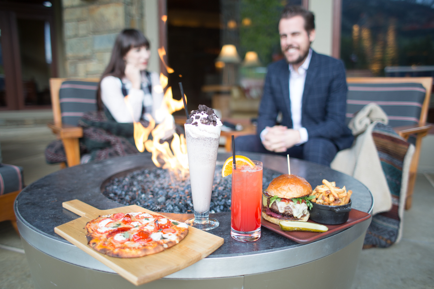 Four Seasons Jackson Hole Outdoor Bar Food Review
