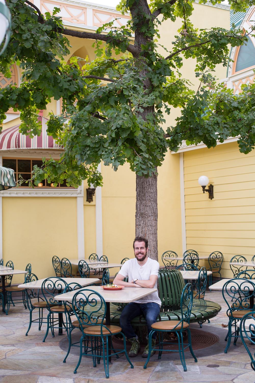 Disneyland Food Guide: Paradise Garden Grill