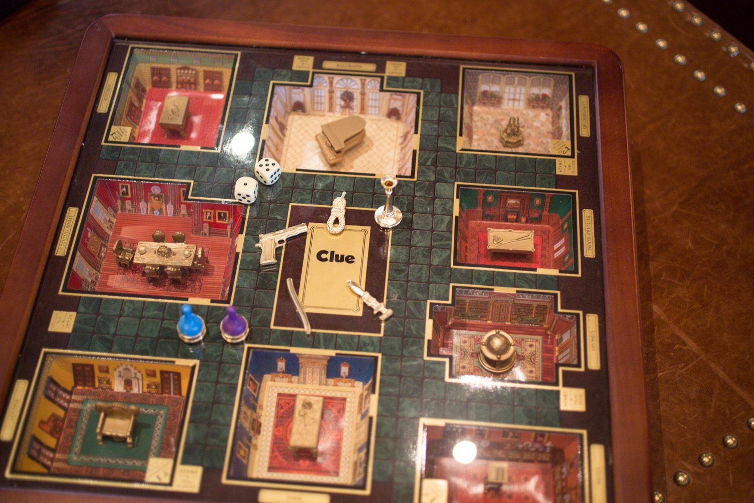 Vintage 3D CLUE Board Game