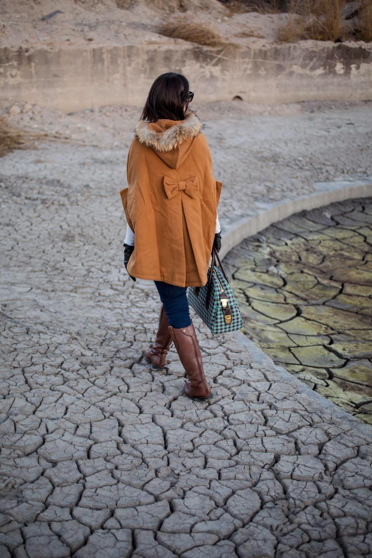 Cape/poncho Jacket