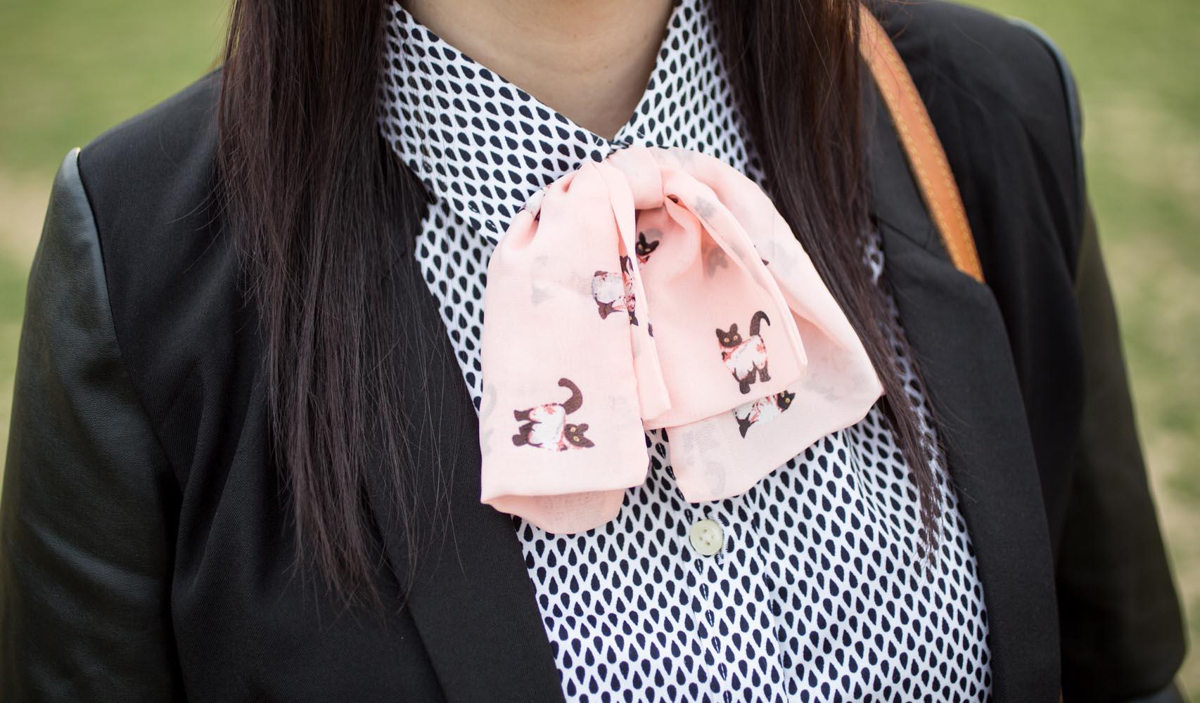 Kitty Bow Tie